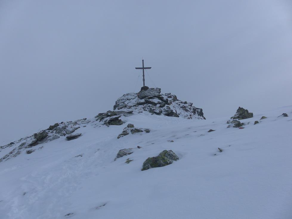 Foto: Wolfgang Lauschensky / Skitour / Angerbergkopf und Schaflegerkogel von der Kemater Alm / Gipfelfels / 26.01.2019 11:28:53