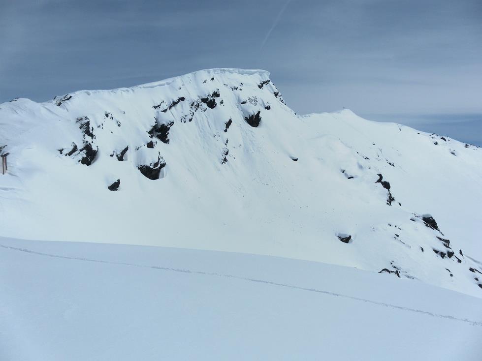 Foto: Wolfgang Lauschensky / Ski Tour / Kreuzjoch über Karspitze / Kreuzjoch vom Durchgangsjoch / 11.05.2019 14:43:39