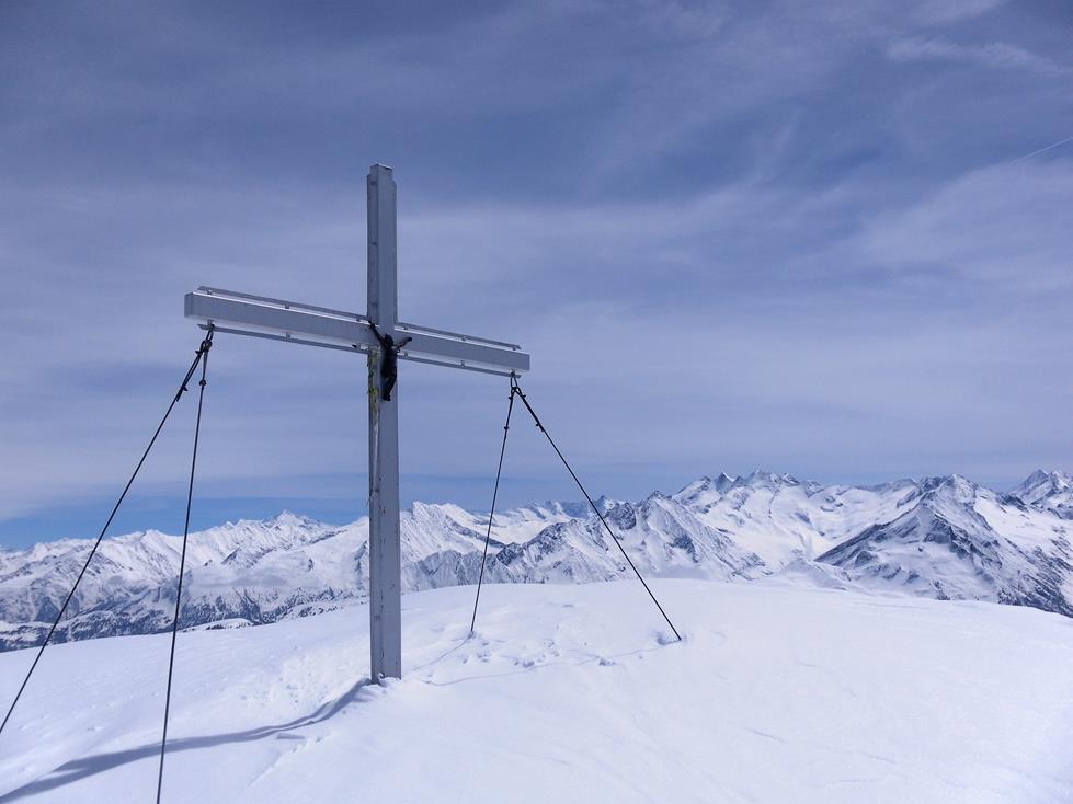 Foto: Wolfgang Lauschensky / Ski Tour / Kreuzjoch über Karspitze / Kreuzjoch / 11.05.2019 14:43:24