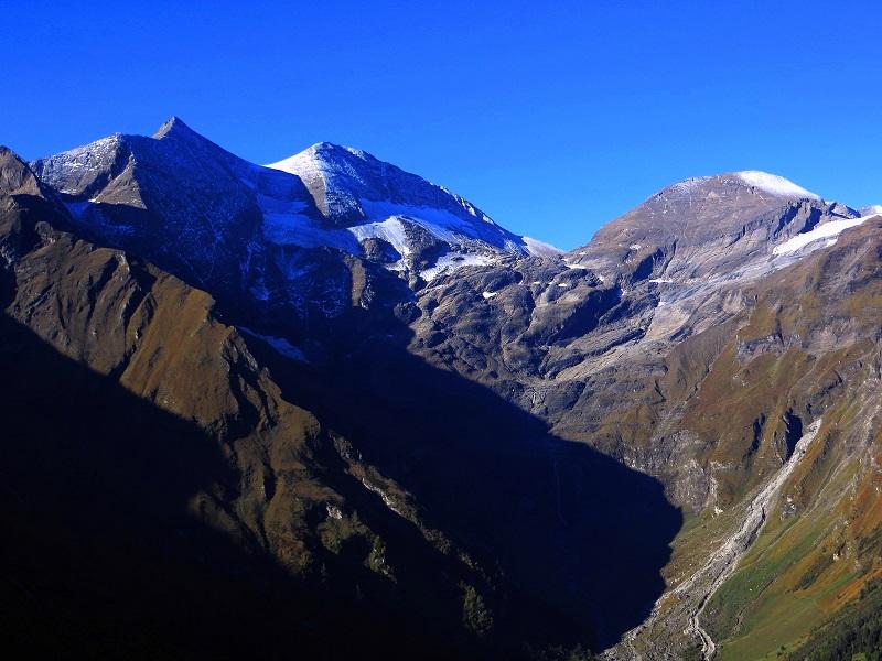 Foto: Andreas Koller / Wandertour / Über leichte Gletscher auf den Breitkopf (3154m) / Sonnwelleck (3261m), Fuscherkarkopf (3336m),  Breitkopf (3154m) / 30.11.2019 01:20:34