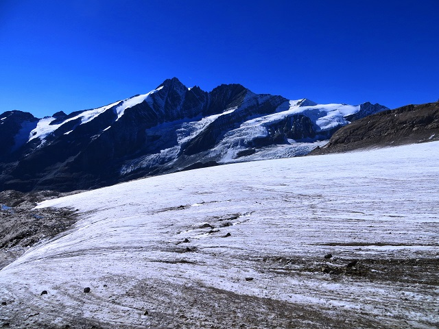 Foto: Andreas Koller / Wandertour / Über leichte Gletscher auf den Breitkopf (3154m) / 30.11.2019 01:17:20