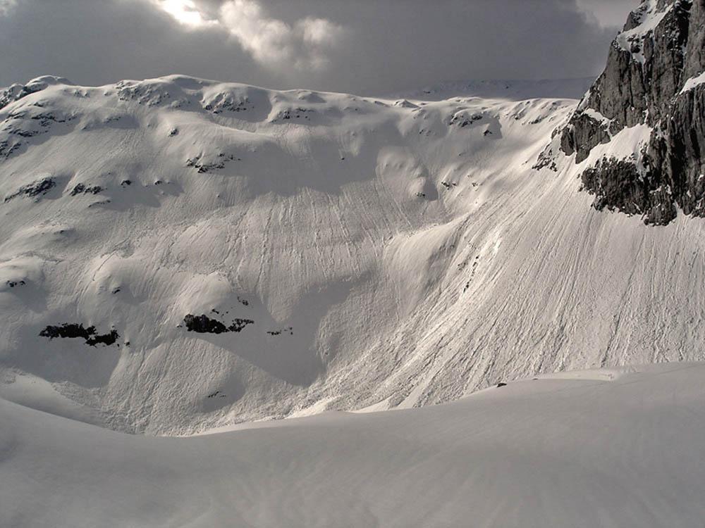 Foto: Rupert Gredler / Skitour / Das Hohe Brett / Zur breiten Rinne / 22.03.2020 14:44:53