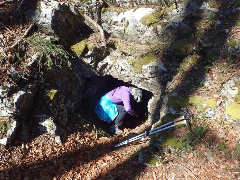 Foto: Manfred Karl / Wandertour / Gitzenberg, 918 m / Höhleneingang am Gitzenberg / 28.05.2020 19:50:12