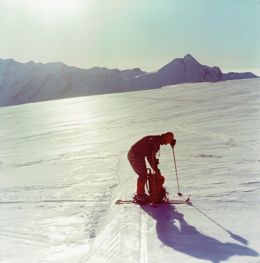 Foto: Rupert Gredler / Skitour / Das Strahlhorn von Saas Fee aus / Kurze Pause / 24.05.2020 15:36:09