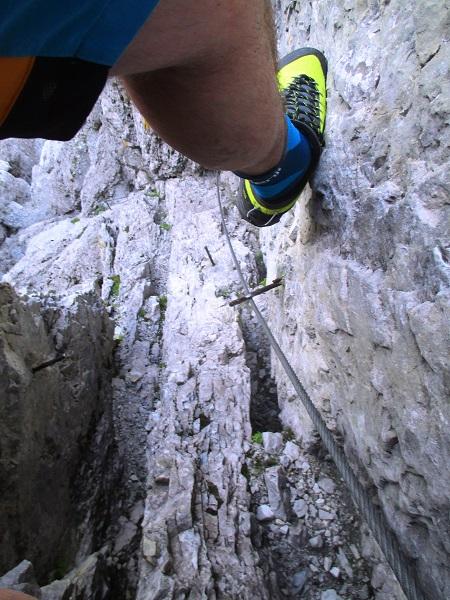 Foto: Andreas Koller / Klettersteigtour / Nordwand-Klettersteig Elferturm (2499m) / In der Schlüsselstelle / 09.07.2020 18:39:51