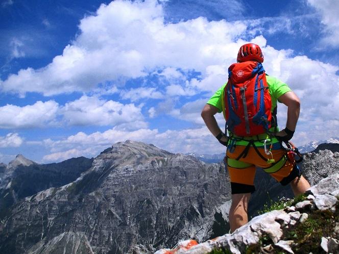 Foto: Andreas Koller / Klettersteigtour / Nordwand-Klettersteig Elferturm (2499m) / Abstieg von den Elfertürmen / 09.07.2020 18:33:56