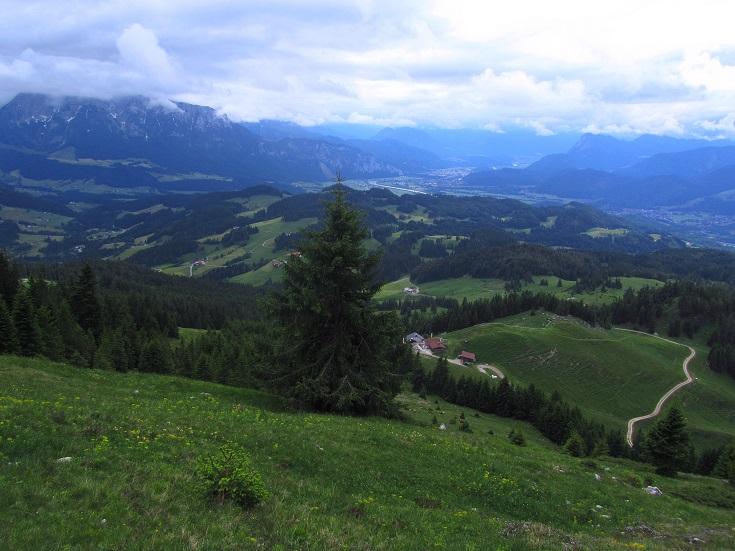 Foto: Andreas Koller / Wandertour / Grenzberg Spitzstein vom Erlerberg (1596m) / 30.09.2020 22:58:31