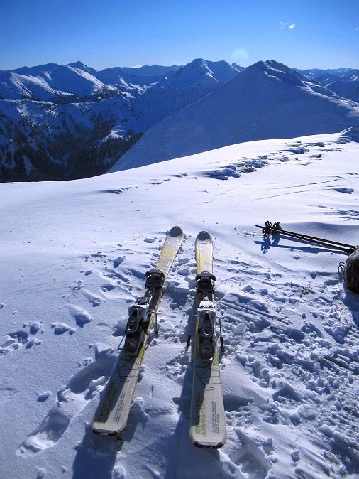 Foto: Andreas Koller / Skitour / Seitnerzinken Südroute (2164m) / Fertig für die Abfahrt / 21.02.2021 00:52:13