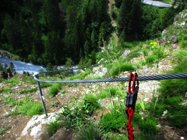 Foto: Andreas Koller / Klettersteigtour / Klettersteig Trafoi (1575m) / Hier enden beide Steige bei der Plattform / 02.05.2021 23:32:09