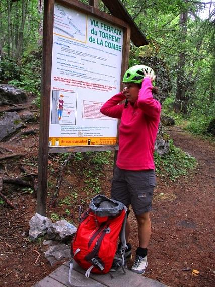 Foto: Andreas Koller / Klettersteigtour / Via ferrata du Torrent de la Combe (1575m) / Einstieg / 19.05.2021 02:31:15