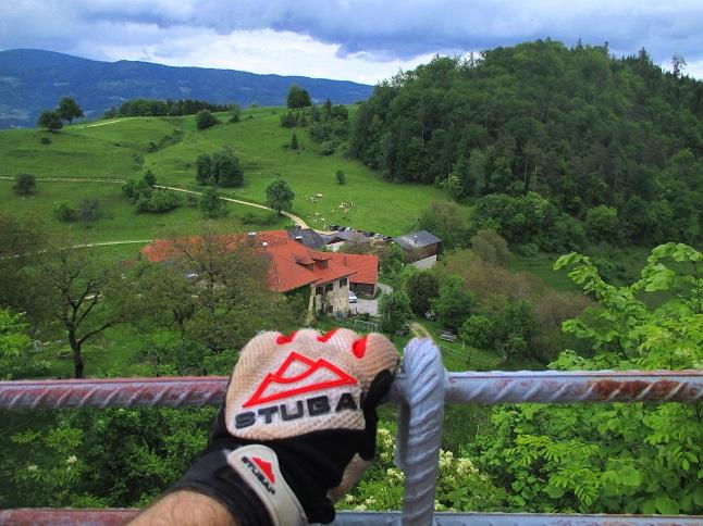 Foto: Andreas Koller / Klettersteigtour / Klettersteig Rabenstein (697m) / Abstieg von der Burgruine Rabenstein / 11.06.2021 01:29:03