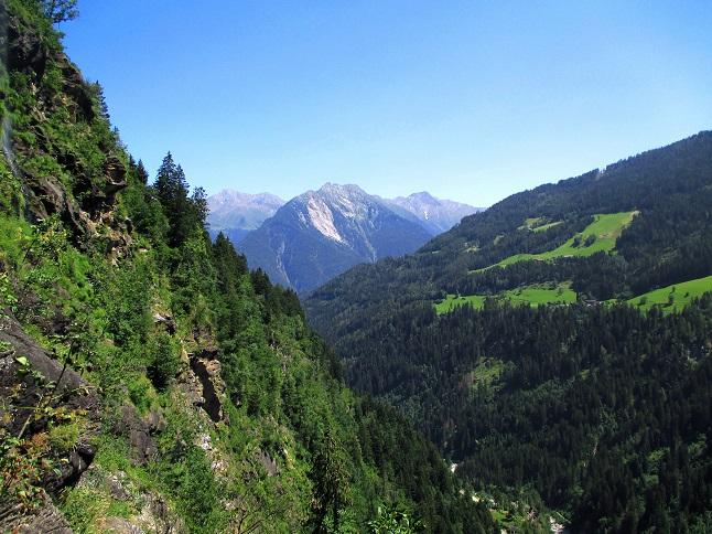 Foto: Andreas Koller / Klettersteigtour / Klettersteig Stuller Wasserfall (1320m) / 09.10.2021 17:24:25