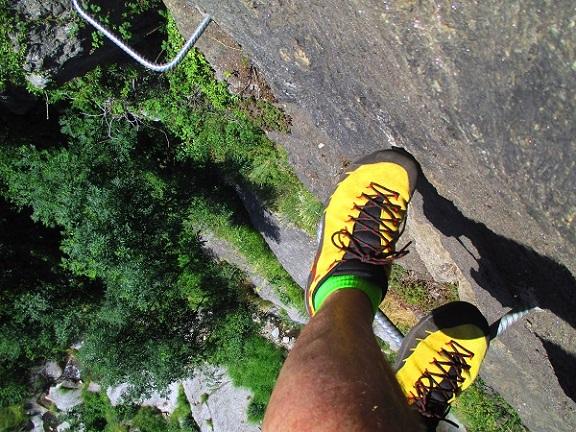 Foto: Andreas Koller / Klettersteigtour / Klettersteig Stuller Wasserfall (1320m) / 09.10.2021 17:22:10