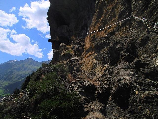 Foto: Andreas Koller / Klettersteigtour / Klettersteig Stuller Wasserfall (1320m) / 09.10.2021 17:21:41