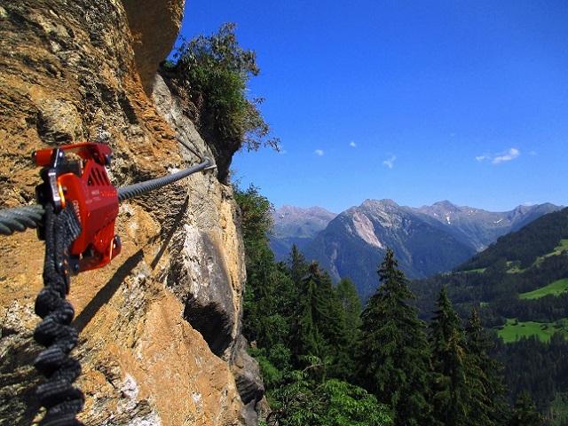 Foto: Andreas Koller / Klettersteigtour / Klettersteig Stuller Wasserfall (1320m) / 09.10.2021 17:21:27