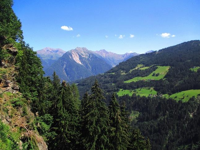 Foto: Andreas Koller / Klettersteigtour / Klettersteig Stuller Wasserfall (1320m) / 09.10.2021 17:21:12