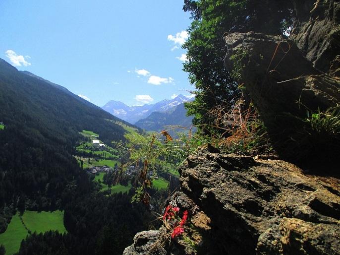Foto: Andreas Koller / Klettersteigtour / Klettersteig Stuller Wasserfall (1320m) / 09.10.2021 17:20:57