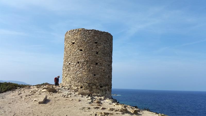 Foto: Rupert Gredler / Wandertour / Von der Punta Spanu nach Calvi / Der Genueserturm auf der Punta Spanu / 13.10.2021 13:52:43
