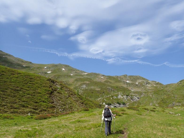 Foto: Manfred Karl / Wandertour / Tauernhöhe aus dem Weißpriachtal / Wolkenstimmung über der Schönalm / 13.10.2021 07:31:42