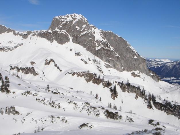 Foto: Manfred Karl / Ski Tour / Über die Gwechenberghütte auf den Sonntagskogel / Großer Traunstein / 30.01.2009 23:09:34