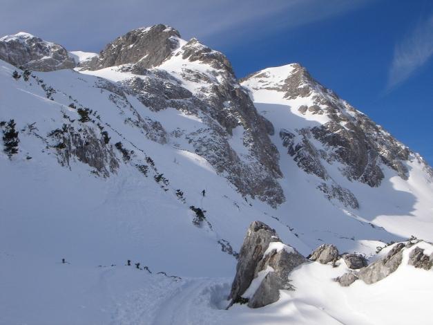 Foto: Manfred Karl / Ski Tour / Über die Gwechenberghütte auf den Sonntagskogel / Beim Aufstieg zum Sonntagskogel ist, sofern keine Spur vorhanden ist, gute Geländekenntnis gefragt / 30.01.2009 23:08:10