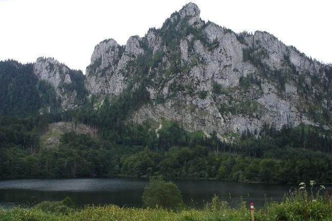 Foto: Werner / Mountainbike Tour / Laudachsee - Grünberg / ... zum Laudachsee mit dem Katzenstein ... / 18.03.2007 11:29:59