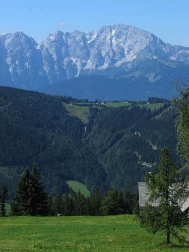 Foto: Lenswork.at / Ch. Streili / Mountainbiketour / Almtour zwischen Gaißau und Hintersee / Blick Richtung Golling / 27.07.2007 12:52:01
