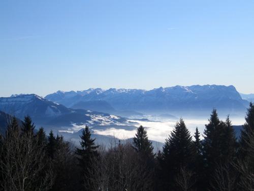 Foto: letsgoactive / Mountainbike Tour / Von Salzburg/Aigen auf den Gaisberg / Blick vom Gaisbergspitz Richtung Tennengebirge / 05.01.2007 18:23:26