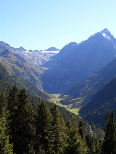 Foto: vince 51 / Wander Tour / Aus dem Lüsenstal auf den Roten Kogel / Lisenser Tal mit Lisenser Fernerkogel / 02.05.2007 19:00:47