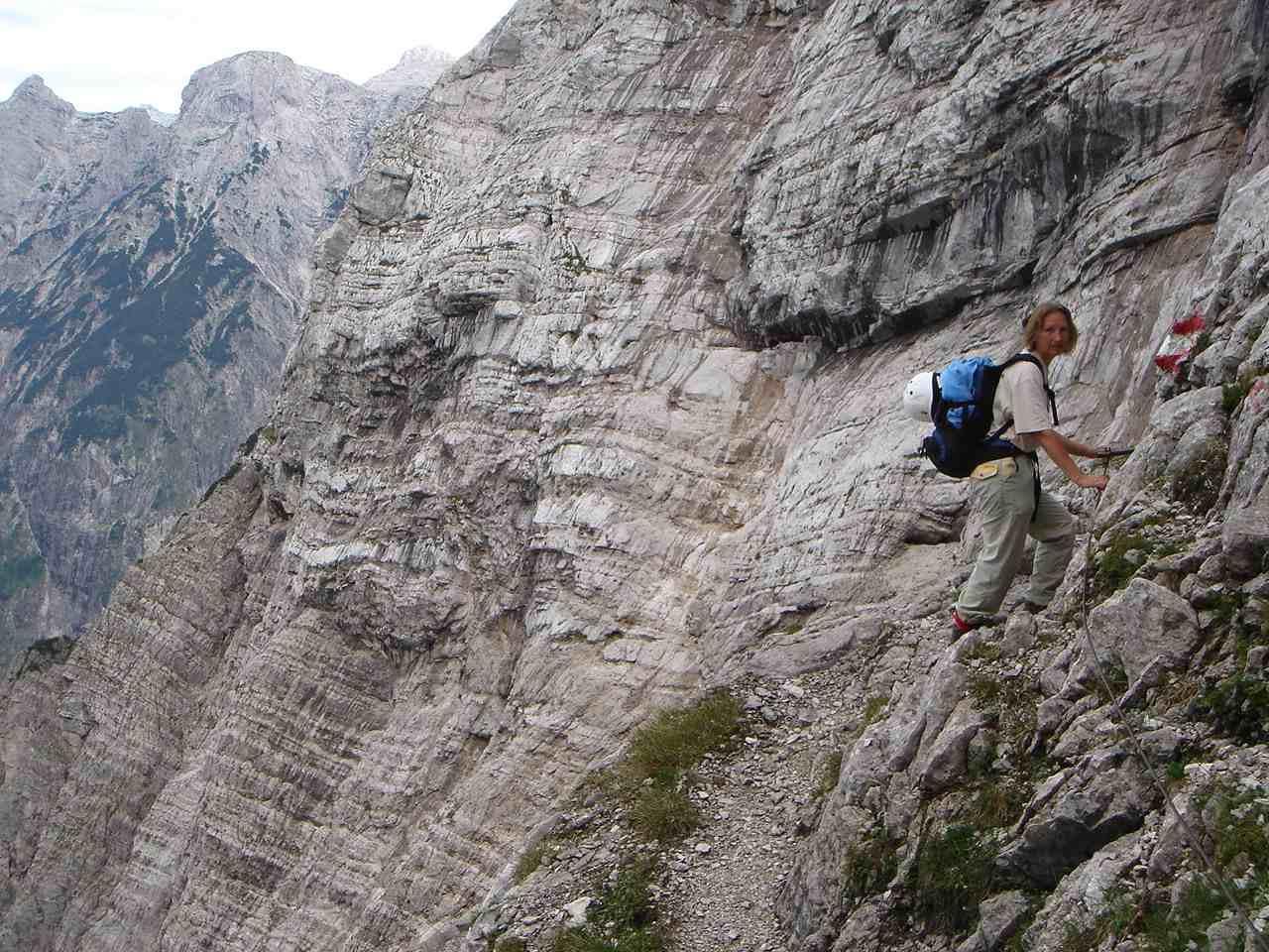 Foto: Manfred Karl / Wander Tour / Auf den Zwölfer über den Grießkarsteig / Im Bereich des Urban-Bandes. / 18.05.2007 23:49:58