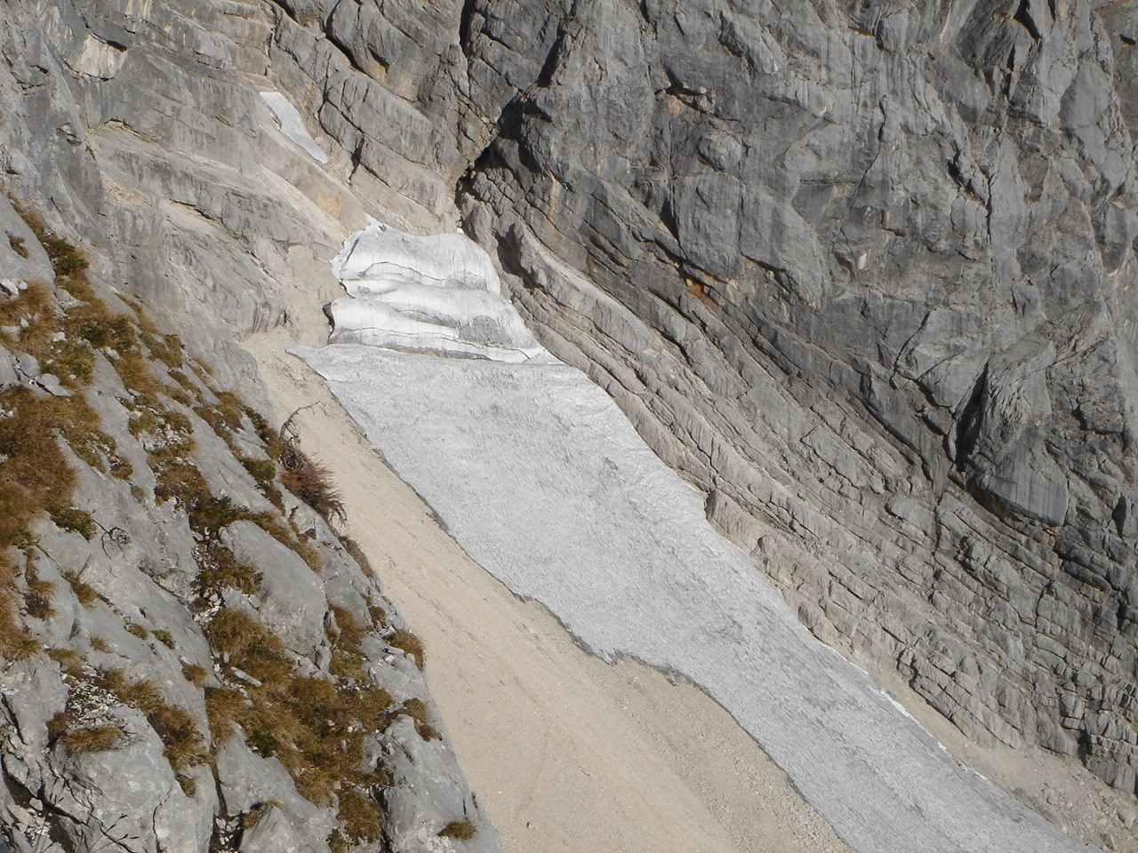 Foto: Manfred Karl / Wander Tour / Über das Prielschutzhaus und den Bert-Rinesch-Klettersteig auf den Gr.Priel / 15.06.2007 23:34:29
