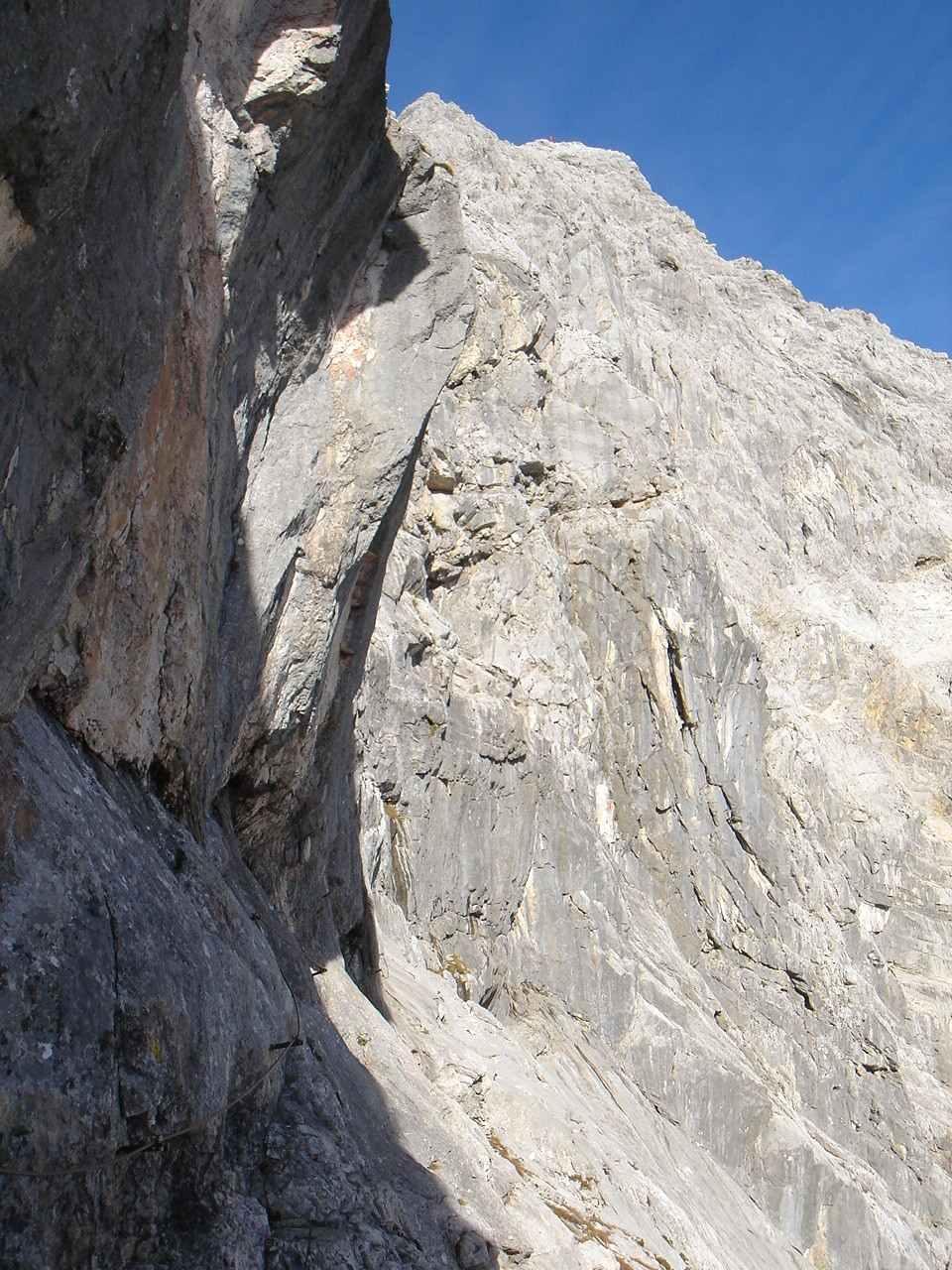 Foto: Manfred Karl / Wander Tour / Über das Prielschutzhaus und den Bert-Rinesch-Klettersteig auf den Gr.Priel / 15.06.2007 23:35:44