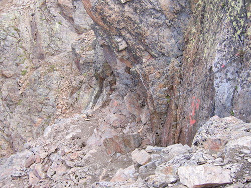 Foto: vince 51 / Wander Tour / Von der Chemnitzer Hütte auf dem Mainzer Höhenweg zur Braunschweiger Hütte / 02.05.2007 21:52:54