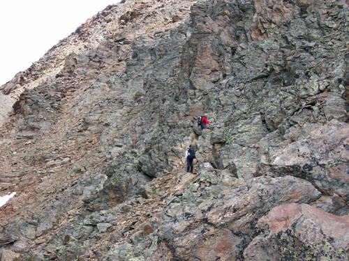 Foto: vince 51 / Wander Tour / Von der Chemnitzer Hütte auf dem Mainzer Höhenweg zur Braunschweiger Hütte / 02.05.2007 21:53:04