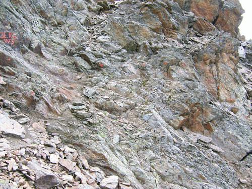 Foto: vince 51 / Wander Tour / Von der Chemnitzer Hütte auf dem Mainzer Höhenweg zur Braunschweiger Hütte / 02.05.2007 21:53:12