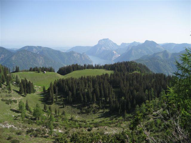 Foto: Jogal / Wander Tour / Überschreitung der Hohen Schrott / Am Weg zum Petergupf; Blick zurück zur Brombergalm / 22.05.2007 06:05:49