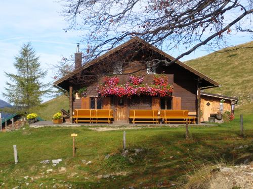 Foto: letsgoactive / Wander Tour / Gennerhorn, Gruberhorn und Regenspitz / Genneralm / 18.04.2007 15:26:58