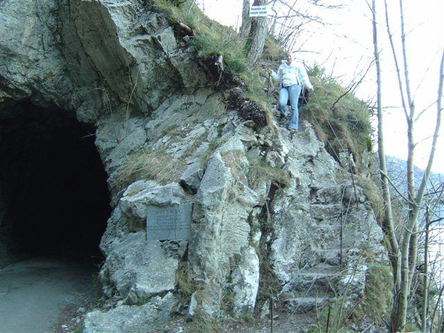 Foto: Jogal / Wander Tour / Miesweg am O-Ufer des Traunsees, 480m / 19.04.2007 06:31:58