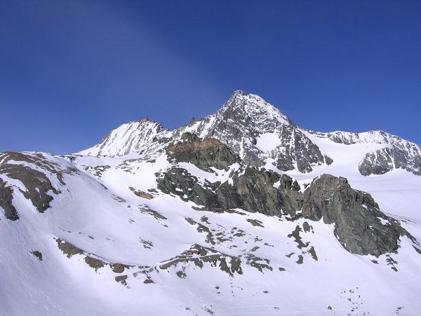 Foto: Andreas Koller / Wander Tour / Großglockner-Überschreitung von Kärnten nach Osttirol als Tagestour (3798 m) / Blick aus dem S auf Großglockner, Glocknerwand und Ködnitz Kees / 01.02.2007 02:21:41