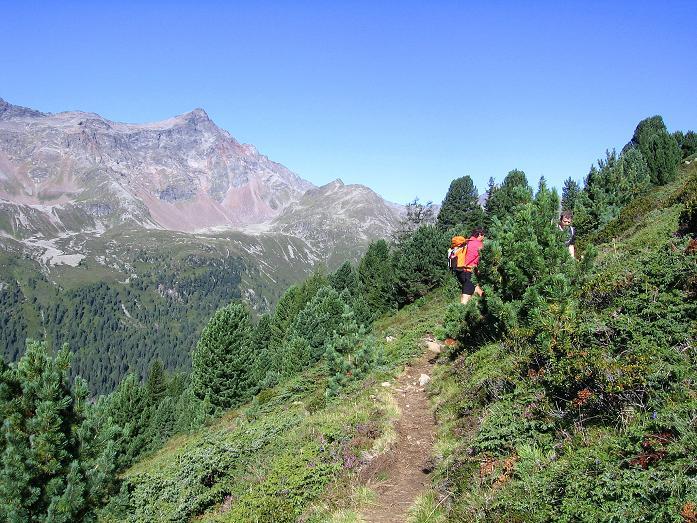 Foto: Andreas Koller / Wander Tour / Petzeck - höchster Gipfel der Schobergruppe (3283 m) / Der Hüttenanstieg / 18.08.2007 12:47:21