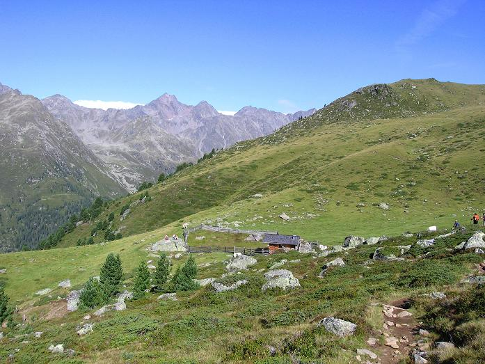 Foto: Andreas Koller / Wander Tour / Petzeck - höchster Gipfel der Schobergruppe (3283 m) / Blick vom Hüttenanstieg zum Hochschober (3242 m) / 18.08.2007 12:47:00