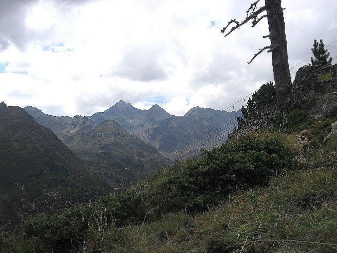 Foto: Andreas Koller / Wander Tour / Petzeck - höchster Gipfel der Schobergruppe (3283 m) / Blick zur Alkuser Rotspitze (3053 m) / 18.08.2007 12:42:01