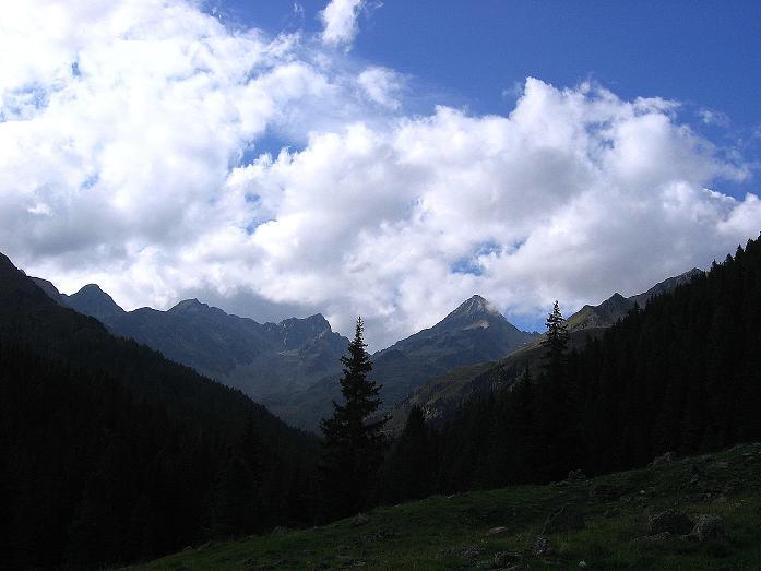 Foto: Andreas Koller / Wander Tour / Petzeck - höchster Gipfel der Schobergruppe (3283 m) / Der Talschluss des Debanttales / 18.08.2007 12:41:41