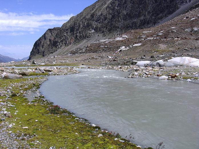 Foto: Andreas Koller / Wander Tour / Ruderhofspitze - eine anspruchsvolle Gletschertour im Stubai (3474 m) / Oberhalb der Franz Senn Hütte / 08.08.2007 13:24:01