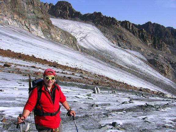Foto: Andreas Koller / Wander Tour / Ruderhofspitze - eine anspruchsvolle Gletschertour im Stubai (3474 m) / Am Alpeiner Ferner / 08.08.2007 13:25:29