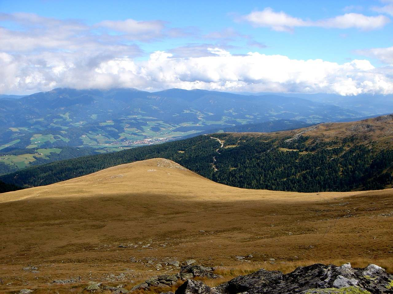 Foto: Manfred Karl / Wander Tour / Kreiskogel - Zirbitzkogel / Aussicht vom Schlosserkogel / 19.06.2007 05:44:27