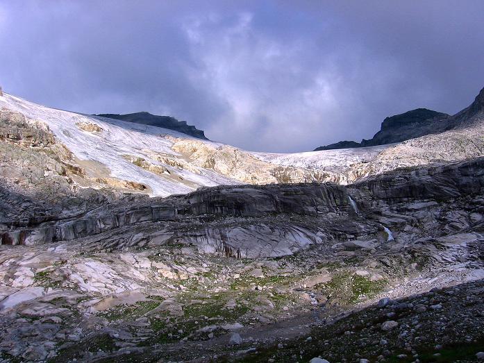 Foto: Andreas Koller / Wander Tour / Stubacher Sonnblick (3088 m) / Das Sonnblickkees in der Sonne / 17.08.2007 13:17:36