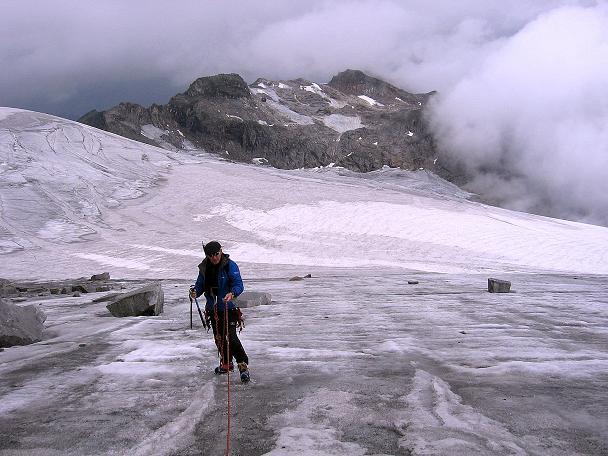 Foto: Andreas Koller / Wander Tour / Stubacher Sonnblick (3088 m) / Am Sonnblickkees gegen Hohe Fürlegg (2947 m) / 17.08.2007 13:16:11