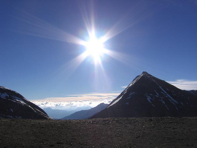 Foto: Andreas Koller / Wander Tour / Über die Oberwalderhütte auf den Johannisberg (3463 m) / Fuscherkarkopf (3331 m) / 28.05.2007 23:42:35