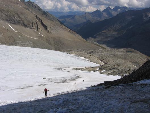 Foto: Andreas Koller / Wander Tour / Über die Oberwalderhütte auf den Johannisberg (3463 m) / Querung des Südlichen Bockkar Keeses / 28.05.2007 23:38:42